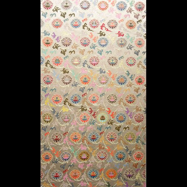 米地六则莲花纹织金妆花缎