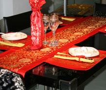 红地莲花餐桌组合套